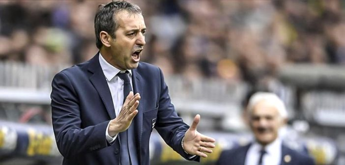 Applausi a Giampaolo