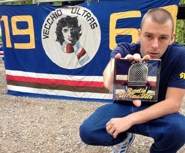FOTO 2 PENSIE CON CD SAMP